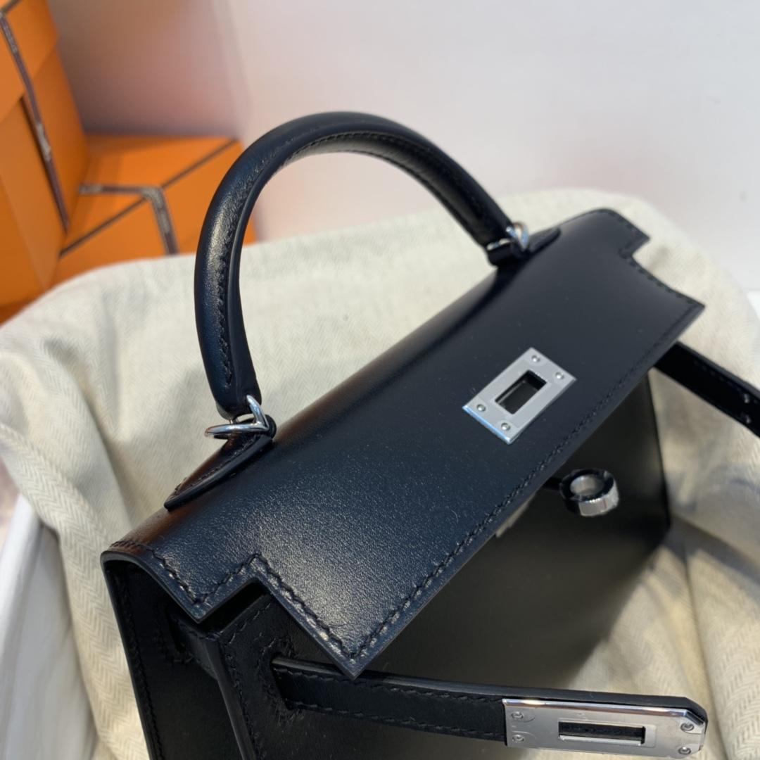 爱马仕 minikelly 二代 19  原厂box皮  89黑色  银扣  正品开版 个性帅气!