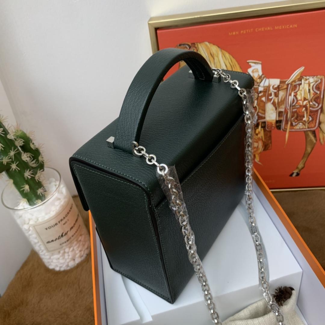 爱马仕 cinhetic 18cm 盒子包  chevre mysore 山羊皮 6O 松柏绿 超级有气质