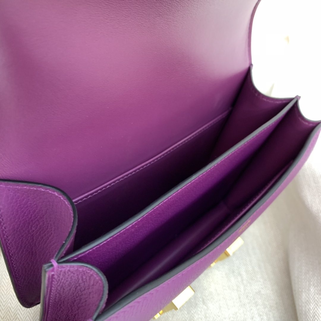 爱马仕官网直供 constance 19cm  evercolor皮  P9海葵紫 越看越美的颜色
