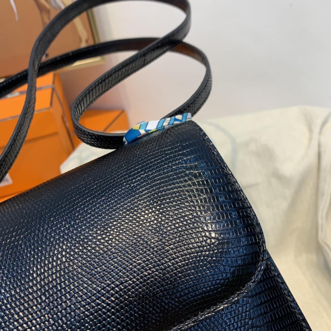爱马仕 新到现货  constance 19cm  lizard 蜥蜴皮  89黑色  银扣  专柜好几十万的配货 来我这帮你省下巨款!