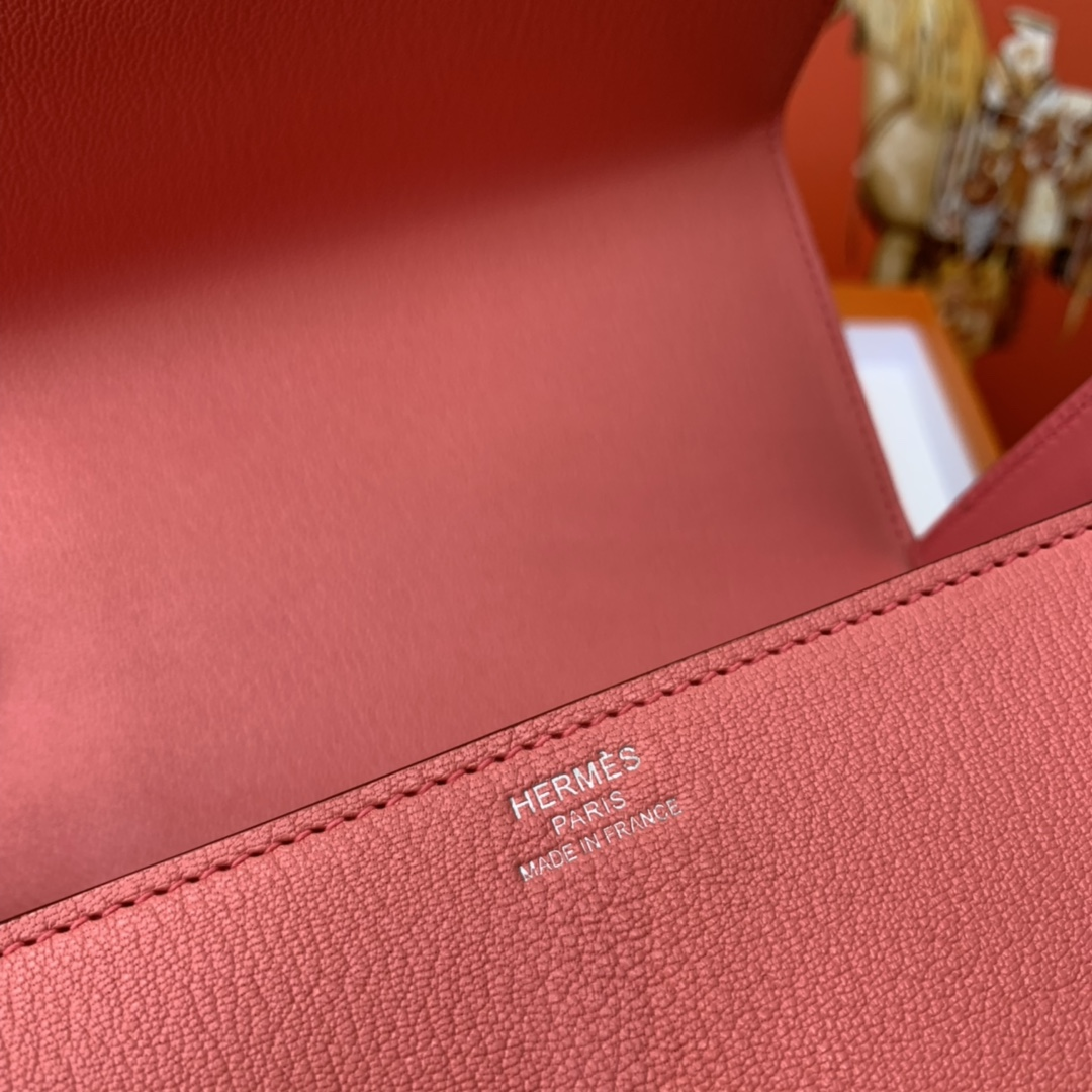 爱马仕 cinhetic 18cm 盒子包  chevre mysore 山羊皮 U5 唇膏粉 超级有气质