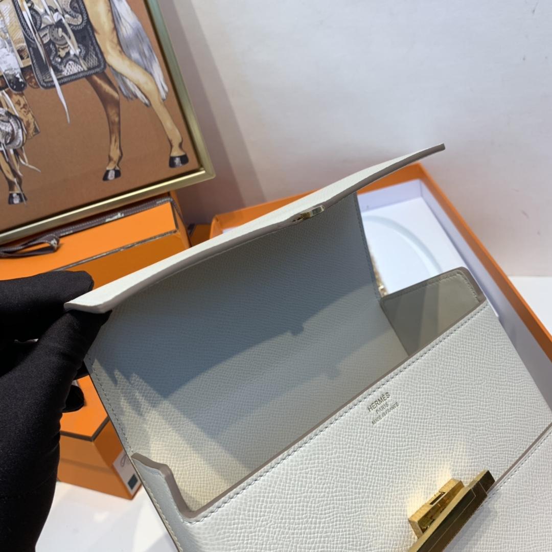 HERMES 爱马仕 cinhetic 18cm 盒子包 epsom皮 10 奶昔白 金扣