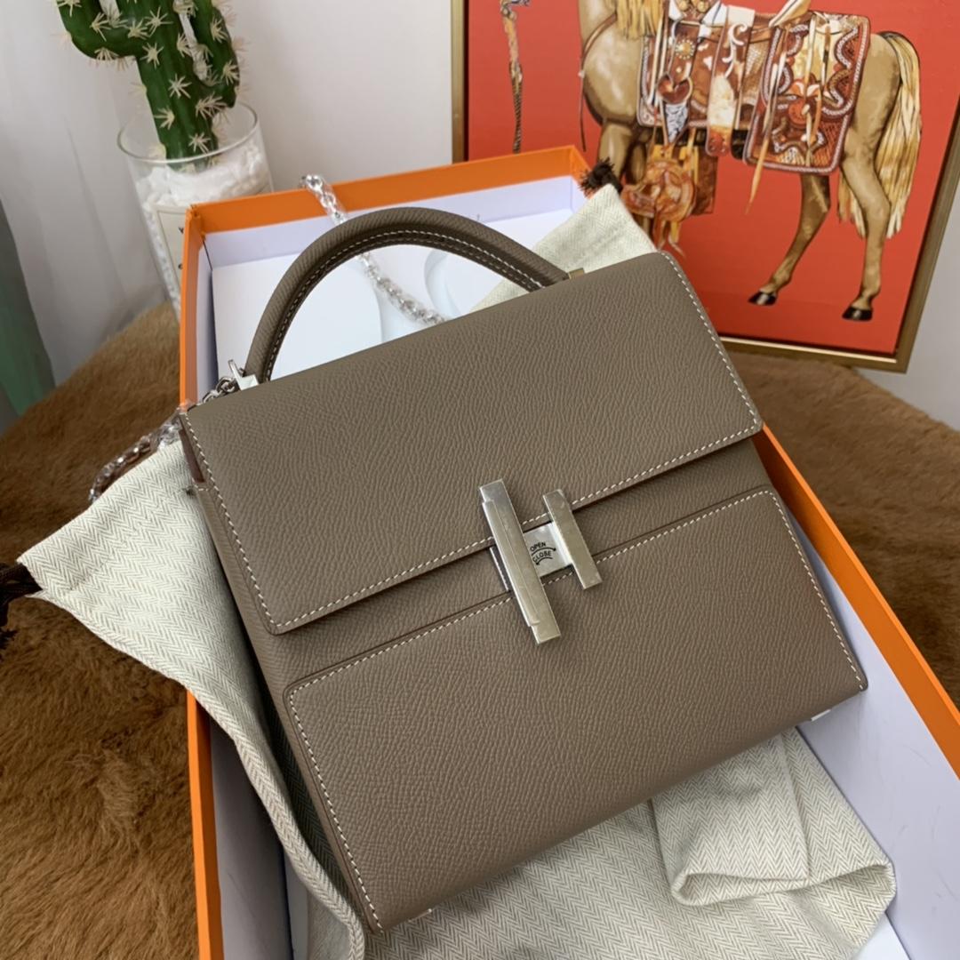 爱马仕 cinhetic 18cm 盒子包  chevre mysore 山羊皮 18 大象灰 金刚百搭色 超级有气质
