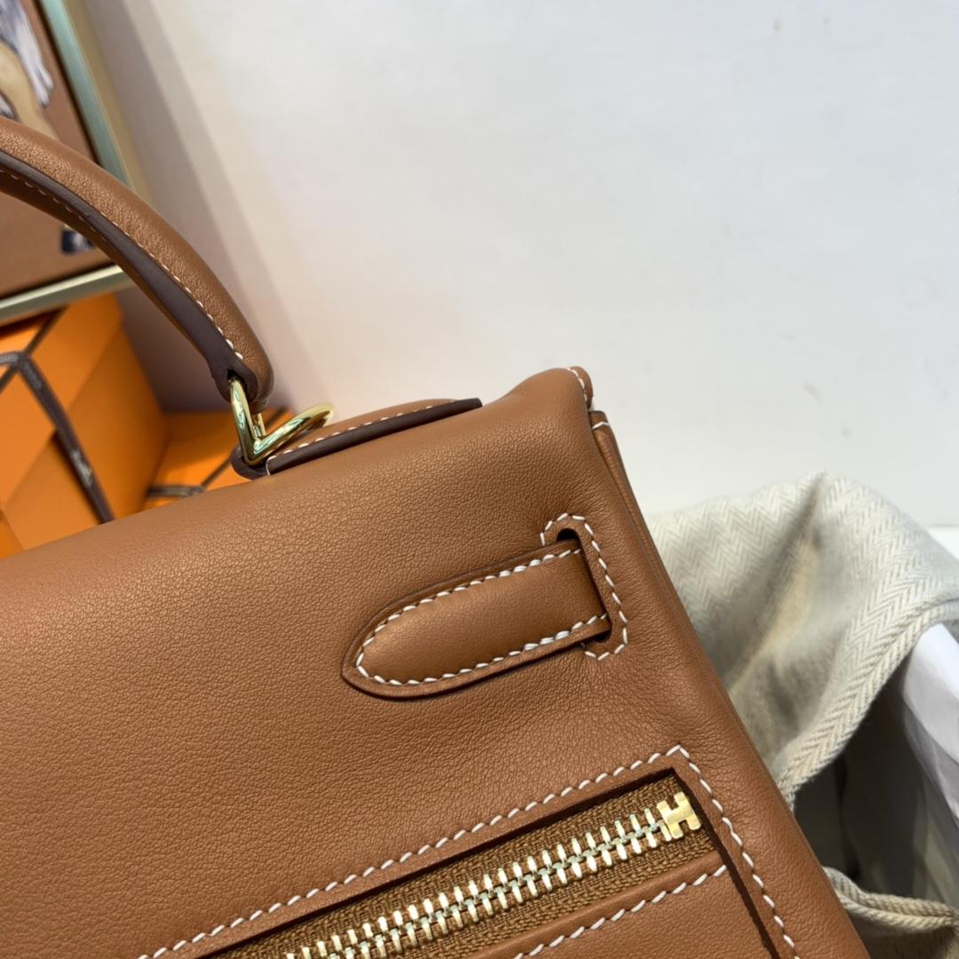 HERMES 爱马仕 Kelly lakis Swift 皮 37 金棕色 前面两个口袋,后面一个大口袋,赋予了kelly 不一样的生命力