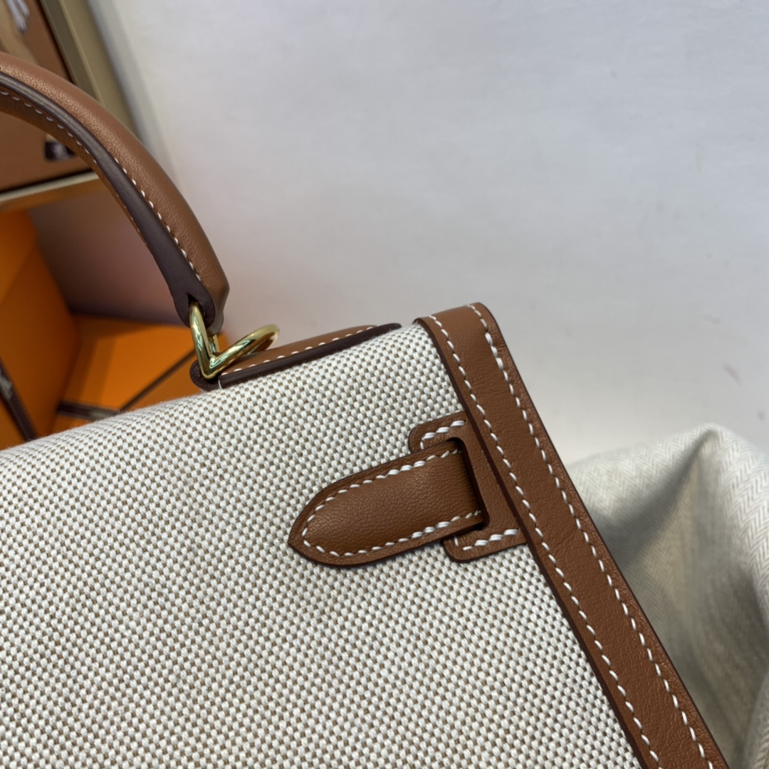 爱马仕 限量款 kelly 28cm耐看帅气的款式 真的越看越好看 超级酷 Swift/ToileH37-金棕色金扣