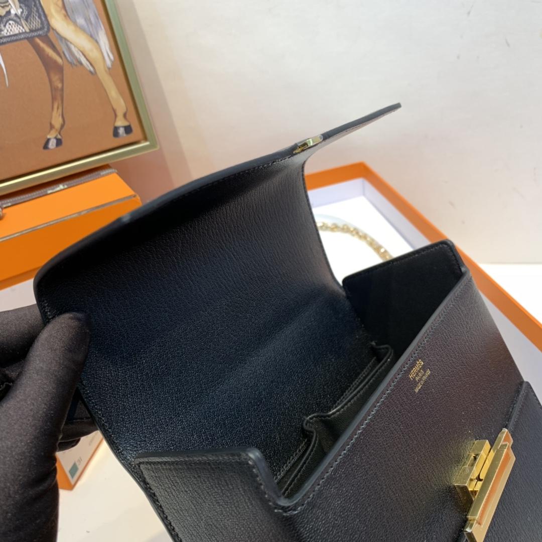 HERMES 爱马仕 cinhetic 18cm 盒子包   chever mysore山羊皮 89 黑色 金扣
