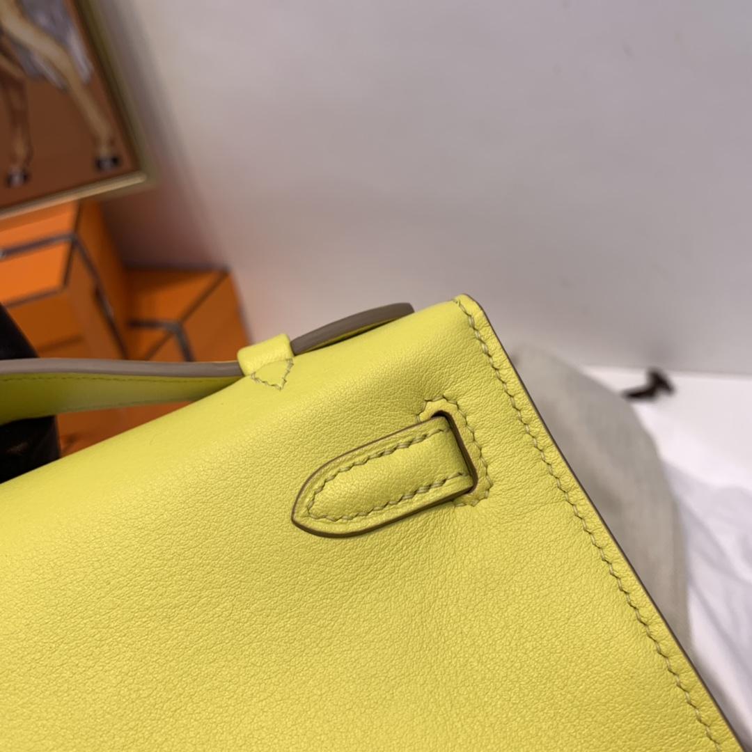爱马仕官网直供 kelly  pochette 一代  swift皮  9R柠檬黄 金扣