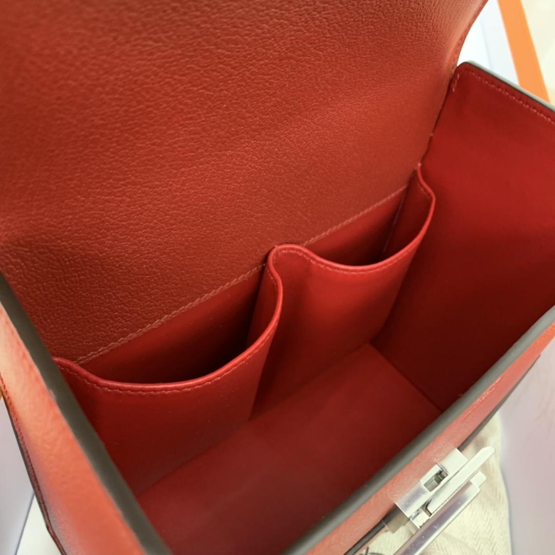 爱马仕 cinhetic 18cm 盒子包  chevre mysore 山羊皮 Q5 中国红 超级有气质
