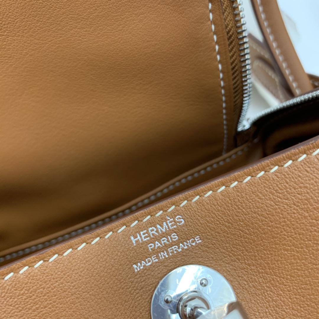 爱马仕 高颜值的 mini Lindy 上身好看又百搭,小小包大容量 正品开版 放心购买 ,在我这里花小钱就可以买到跟ZP一样的品质 swift  37-土黄 银扣