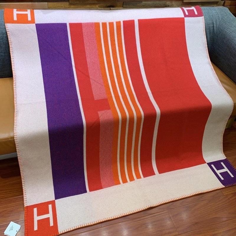 H-阿瓦隆毛毯140*170cm 美利奴羊毛和山羊绒混纺 双面提花编织工艺 (90%美利奴羊毛和10%山羊绒)