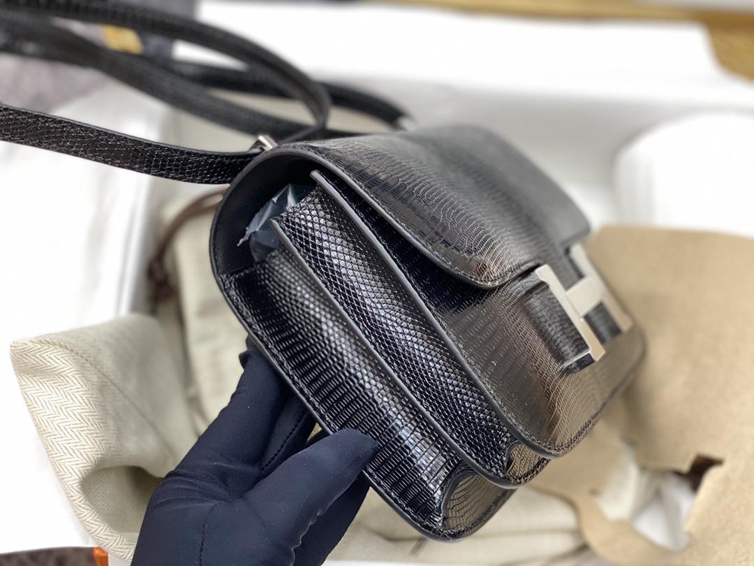 爱马仕 中国香港官网 constance19cm 西班牙 lizard蜥蜴皮 89黑色银扣百搭王黑色也许是称得上唯一一个与时间并肩的颜色,永不淘汰