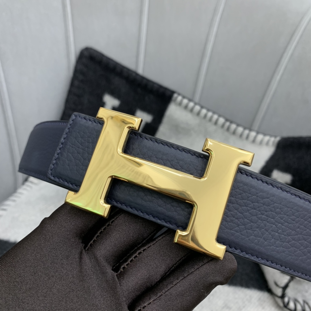 H经典双面皮带,永不过时,简单大方, 亮面H扣金色 银色 不挑年龄,大气奢华 商务休闲都非常合适 百搭(送男士礼物 首选哦)