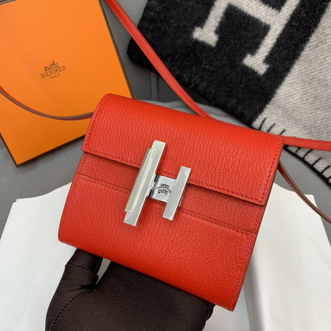 HERMES Cinhetic mini 12cm 新款设计旋转扣伍金 凹造型 H家首款配带镜子的设计 S3 心红