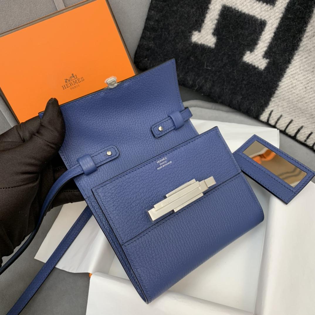 HERMES Cinhetic mini 12cm 新款设计旋转扣伍金 凹造型 H家首款配带镜子的设计  7E明蓝