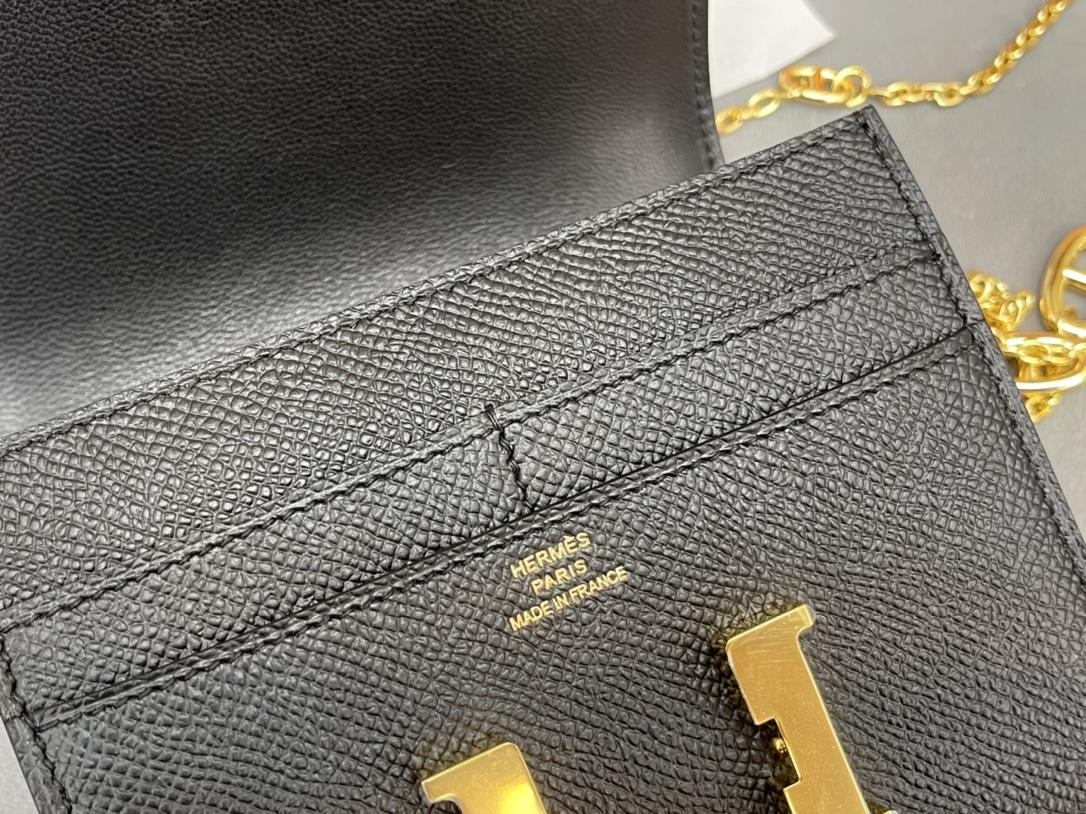 爱马仕 Constance compact 腰包 钱包背后做成了可以穿过腰带或皮带的皮搭 Epsom 89黑色Noir 金扣