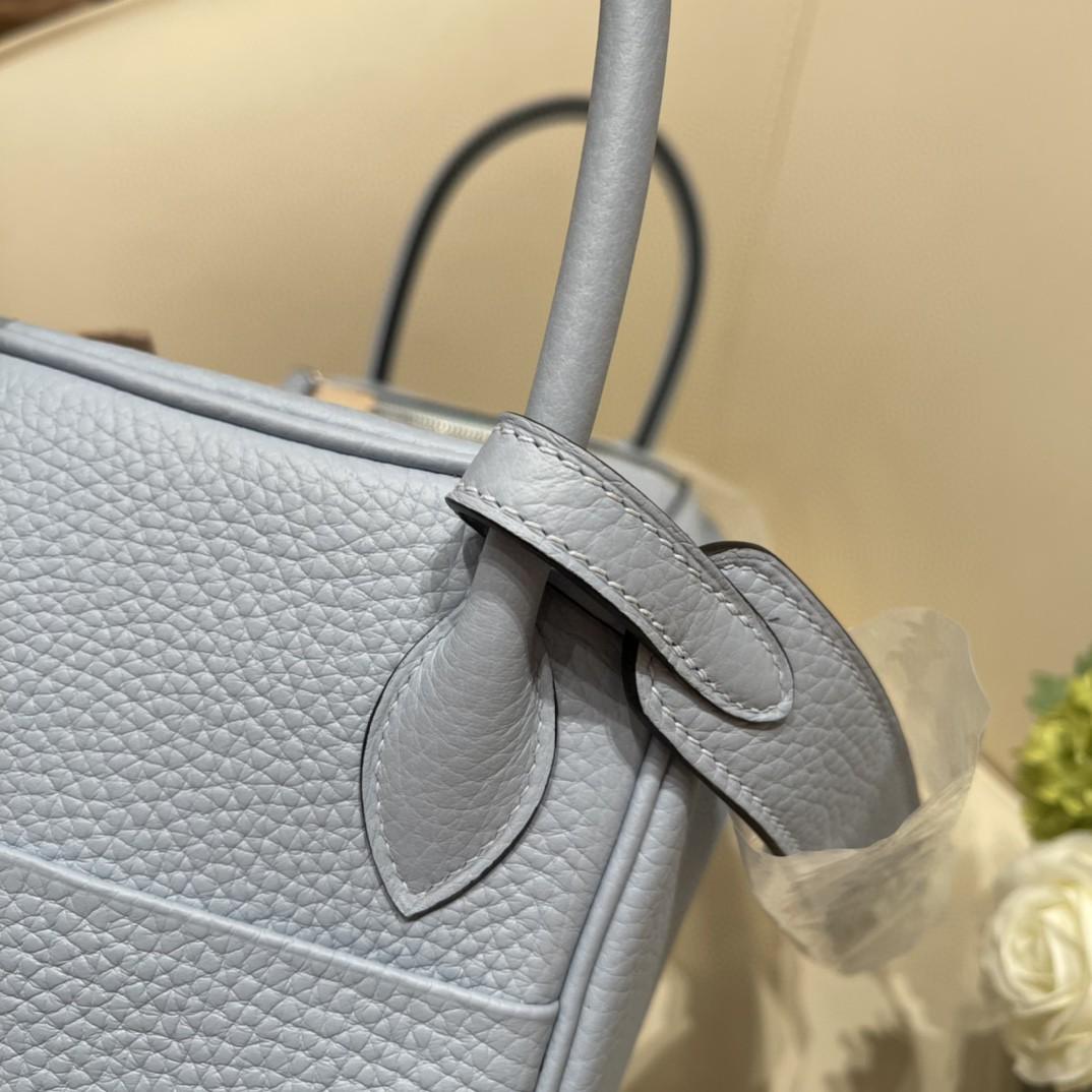 爱马仕 26Lindy 大容量包包,通勤又日常 Clemence 皮  BB 蓝 银扣