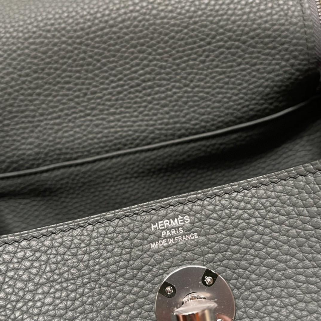 爱马仕 26Lindy 大容量包包,通勤又日常 Clemence 皮  63 杏绿 银扣