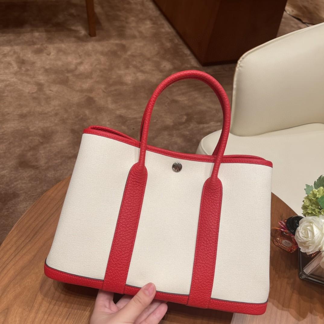 HERMES 爱马仕 Garden party花园包 30 帆布拼心红 银扣  入门款花园包,性比价极高,适合各种场合穿搭
