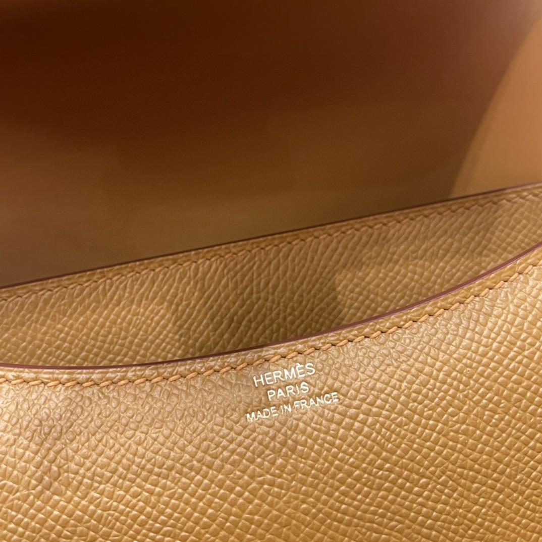 爱马仕 constance 康康包19 cm 小巧玲珑,大H标志极具个性, 出街旅游必备单品斜跨单肩,四季皆可搭配 U8 青铜色 金扣