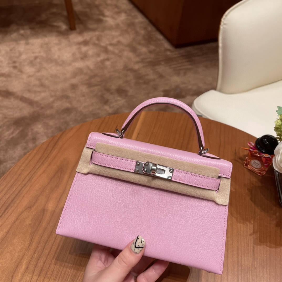 Hermes Mini Kelly 二代 特别精致小巧,热销度 swift 皮 奶昔粉