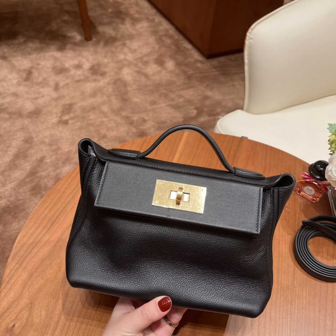 HERMES 爱马仕 mini 24-24 多用法 evercolor 跟swift 的结合 皮质柔软 容量可观 89黑色金扣