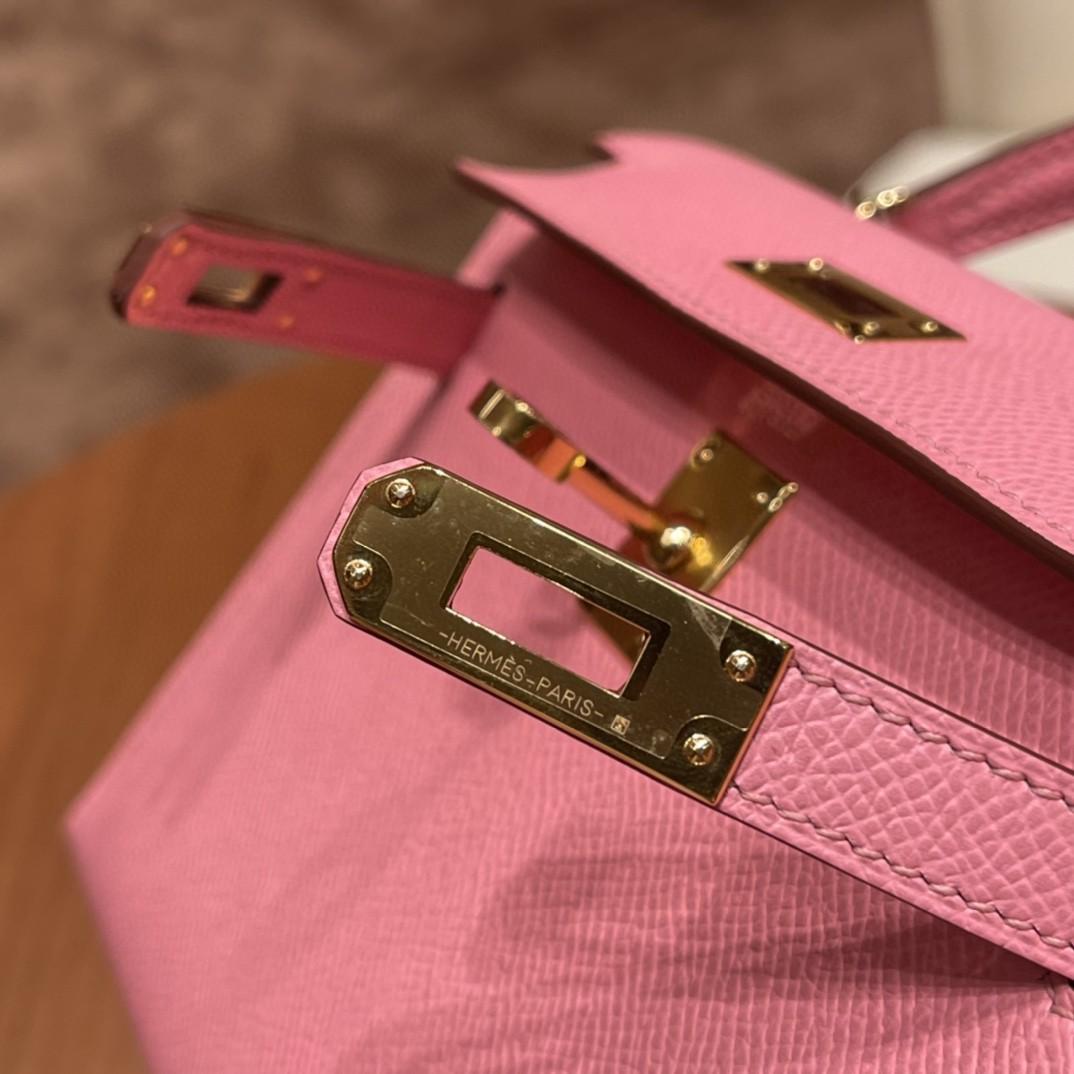 HERMES Mini Kelly 二代 特别精致小巧,热销度 Epsom 皮 7N 1Q 奶昔粉 银扣