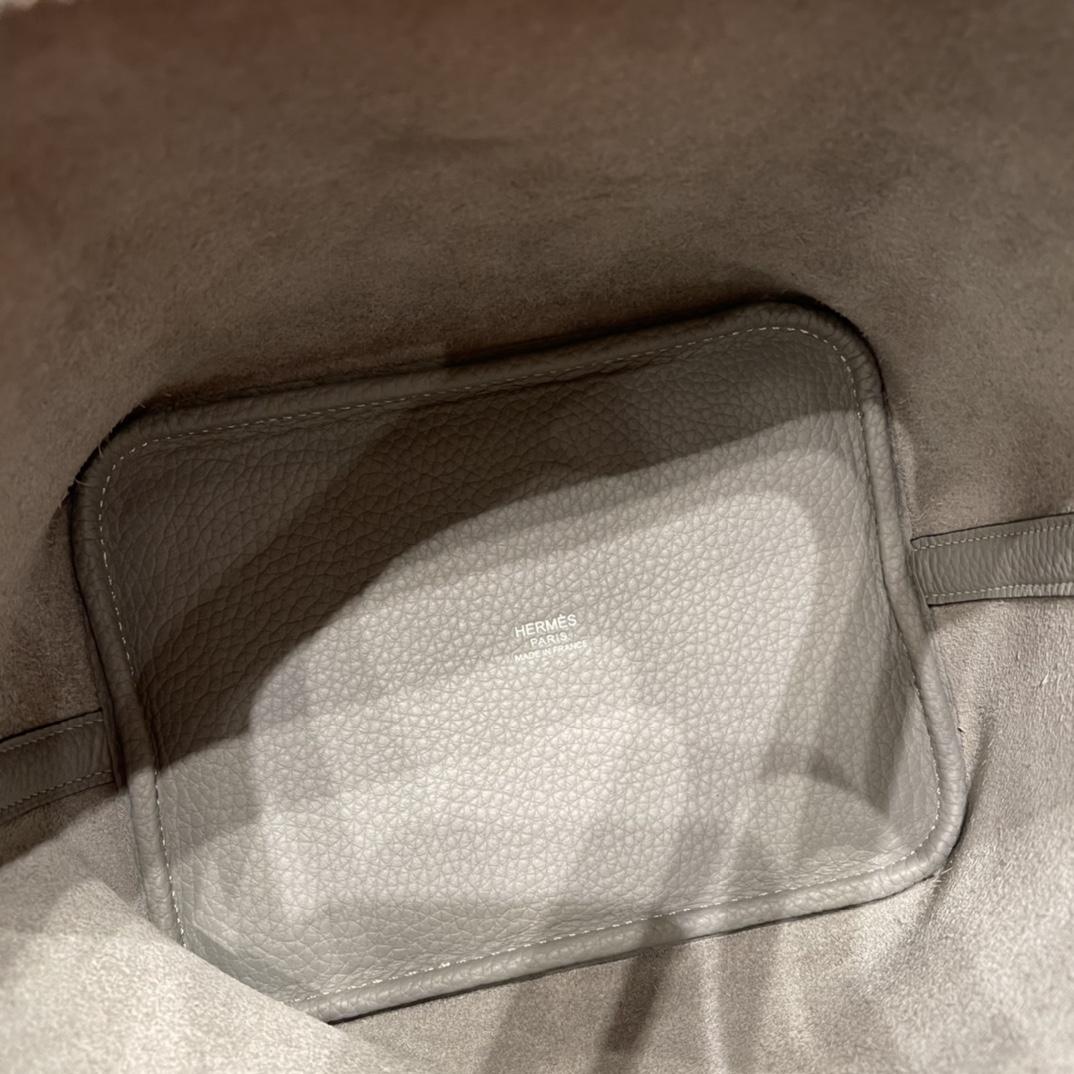 香港爱马仕 HERMES picotin 18cm 超级百搭的菜篮子 入门款实用款,容量大 超级推荐 Tc皮4Z 海鸥灰 银扣