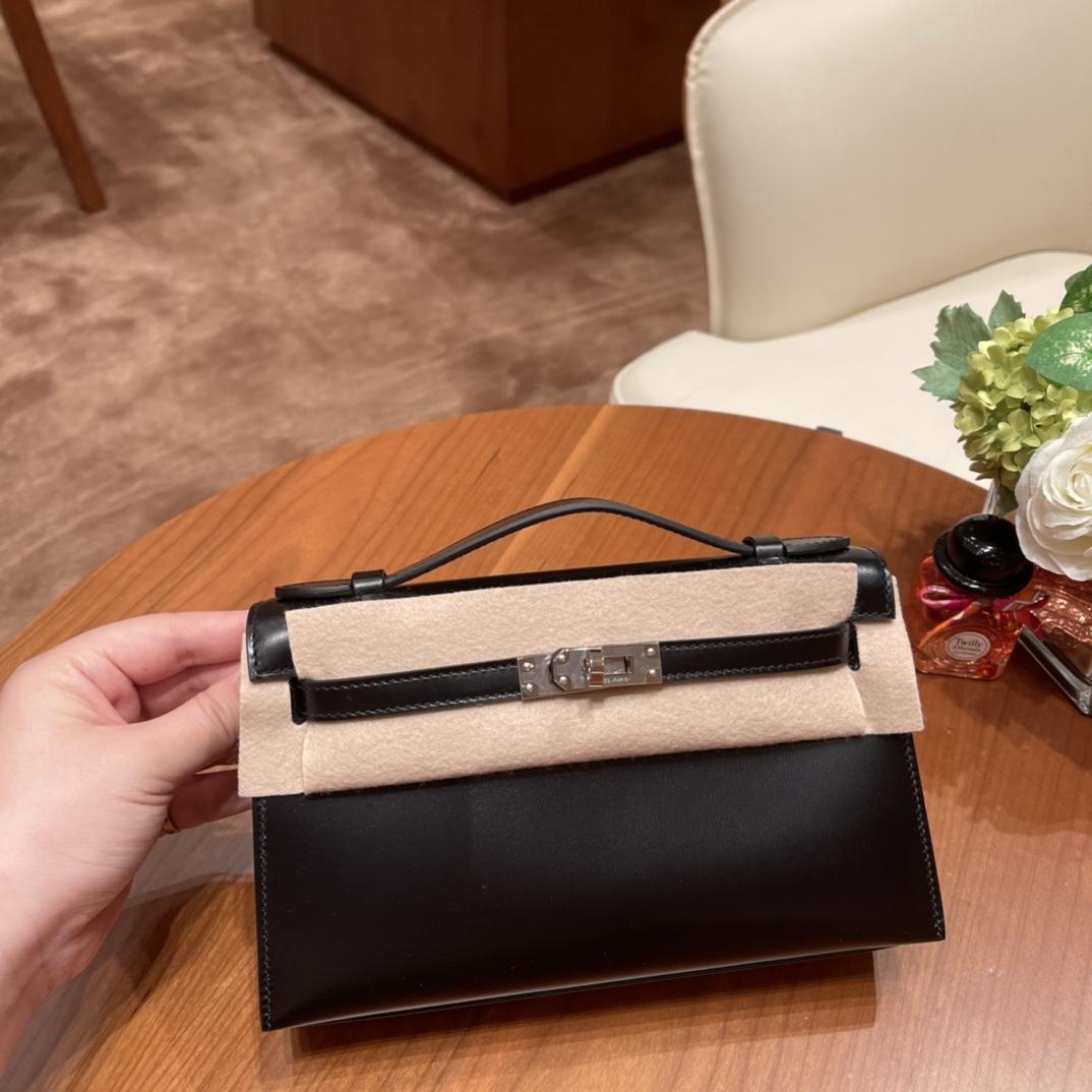 HERMES 爱马仕 Mini Kelly 一代 手包 晚宴包  Box皮 普皮中的王者,光泽度绝了,高端大气 89 黑色银扣 最百搭的颜色